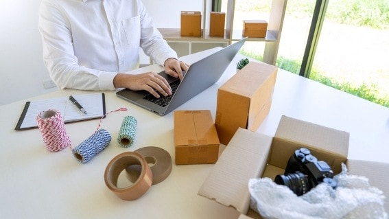 starting a dropshipping business is a good way to earn extra cash