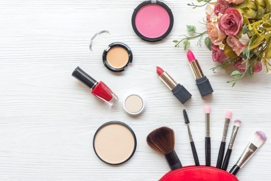 you can offer your unused cosmetics online